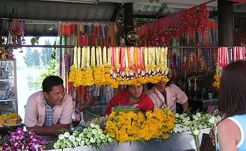 garland vendors