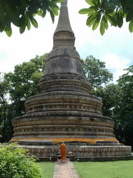 Chedis in Chiang Mai  Thai Blogs
