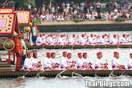 Photo Guide to the Royal Barge Procession | Thai Blogs
